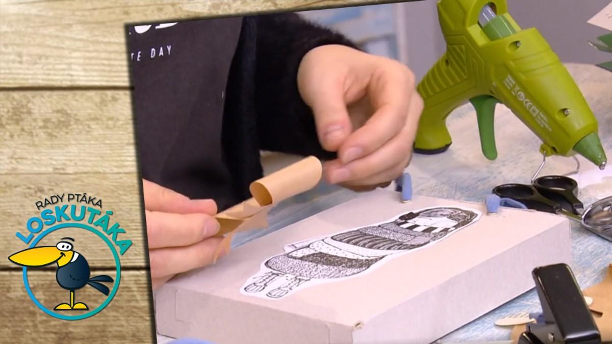 Neradi plýtváte balicím papírem? Zabalte dárky do taštičky z recyklovaných materiálů!