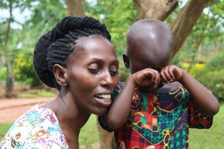 Nadace Nova v roce 2016 podpořila spotovou kampaní sirotky v Ugandě a nevidomé děti