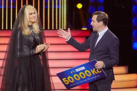 Vítězem osmé epizody show Tvoje tvář má známý hlas se stal Albert Černý