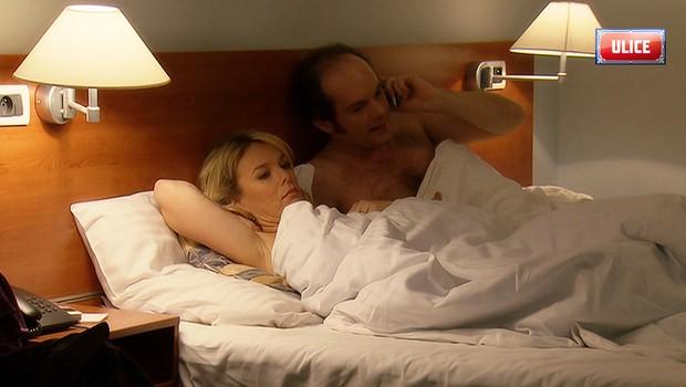 Nejpikantnější vztahy v Ulici: Pamatujete, kdo všechno spolu skončil v posteli?