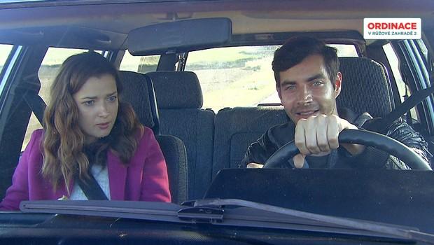Doktoři za volantem: Kdo v Ordinaci je zdatný šofér a kdo pirát silnic?