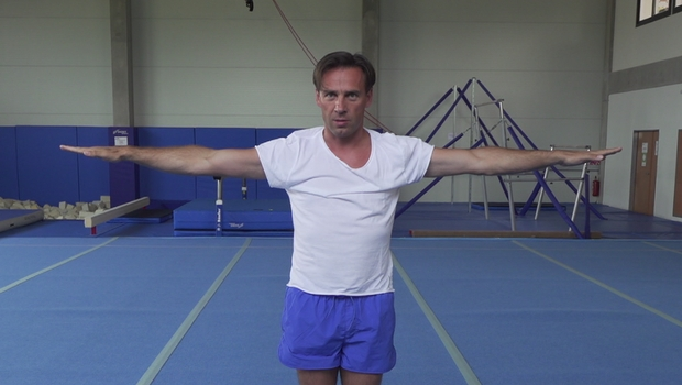 Roman Vojtek z Ulice předvedl parádní gymnastickou sestavu. Kde se to proboha naučil?
