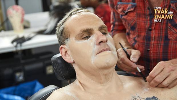 BONUS: Výroba a zničení masky Jána Jackuliaka
