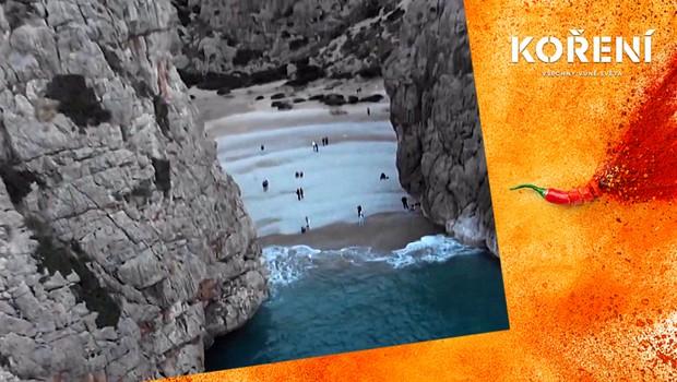 Pohádková podívaná: Kde se nachází tato těžko přístupná pláž?