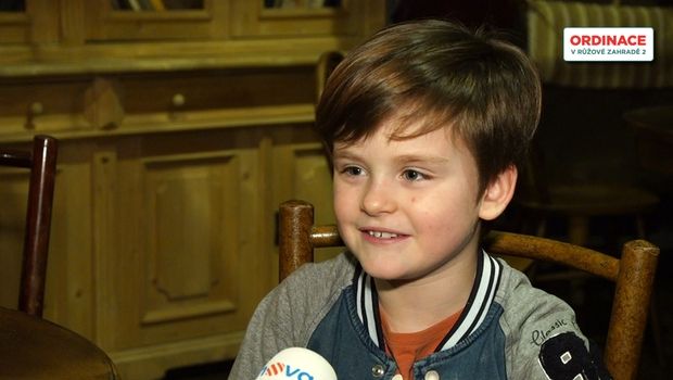 Jak se malý Adam Vojtek učí texty do Ordinace? Má to jednu komplikaci!