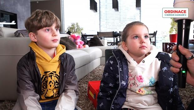 Ty jsou roztomilé! Děti Lucie Borhyové se rozpovídaly na natáčení Ordinace