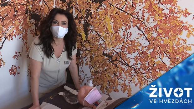 Péče o pleť v době roušek: Vyzkoušejte jednoduchý recept na regenerační masku!