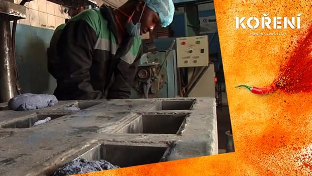 Boj proti plastu! Firma v Nairobi z něj vyrábí ekologické dlaždice