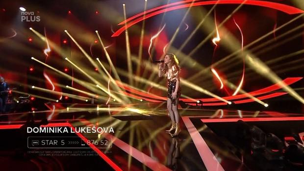 Dominika Lukešová - Ewa Farna: Na ostří nože