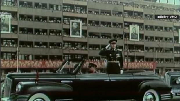 61. díl - Vojenská přehlídka 1954