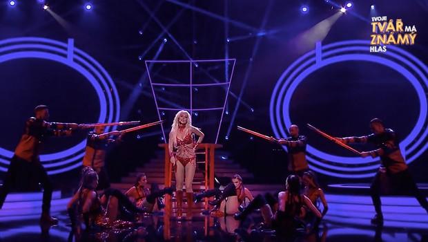 Andrea Kalousová jako Britney Spears - Work B***h