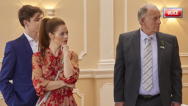 Hanka Holišová tvrdí, že není typ na vdávání. Jak to má její seriálový manžel?
