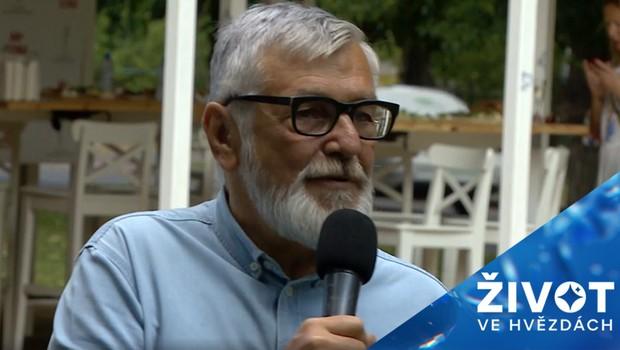 Těžké dny pro Jiřího Bartošku: Z natáčení ho odvezla záchranka