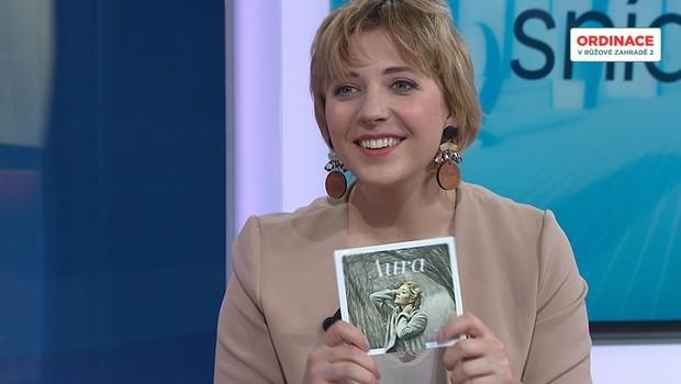 Anička Slováčková nelení. S kapelou vydává své první album!