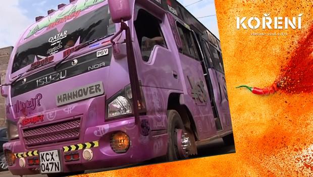 Jak vypadá městská hromadná doprava v Keni? Lidé jezdí těmito podivuhodnými vozy