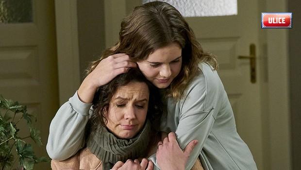 Pumrová půjde na jaře Ivě po krku. Chce místo v salonu i jejího manžela!