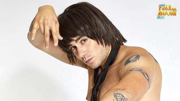 Patrik Děrgel jako Anthony Kiedis z Red Hot Chili Peppers