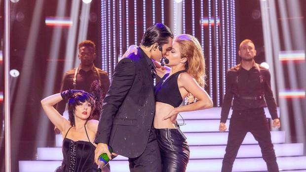 Jordan Haj a Eva Burešová jako Robbie Williams a Kylie Minogue - Kids