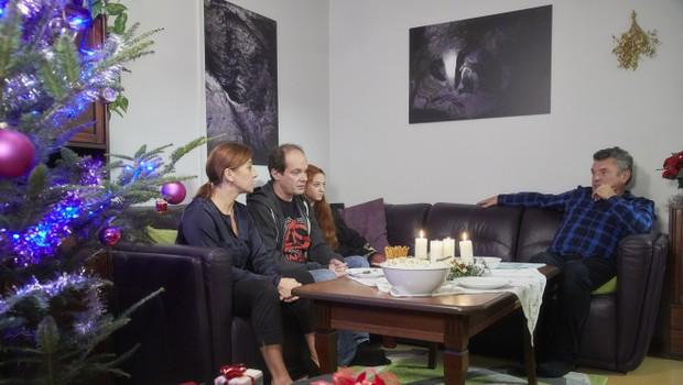 ZE ZÁKULISÍ: Herci prozradili, jak se natáčel bonusový díl Ulice. Malý Milošek vás dostane!