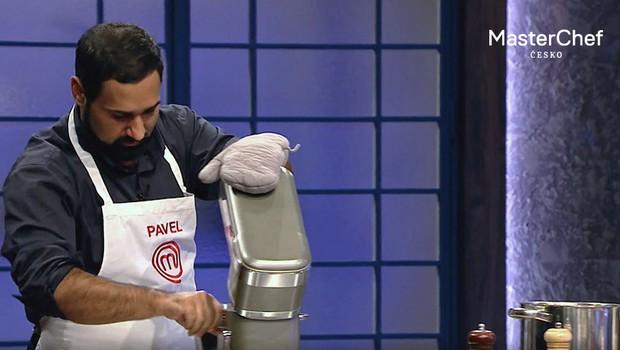 Chcete vařit jako MasterChef? Tento multifunkční kuchyňský pomocník z vás udělá mistra!