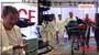Ordinace ze zákulisí: Fialu pobaví, jak zůstane při hromadné scéně zcela opuštěn. VIDEO
