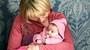 Andrea s miminkem v náruči. Pohled, který se už nikdy víc nenaskytne. FOTO
