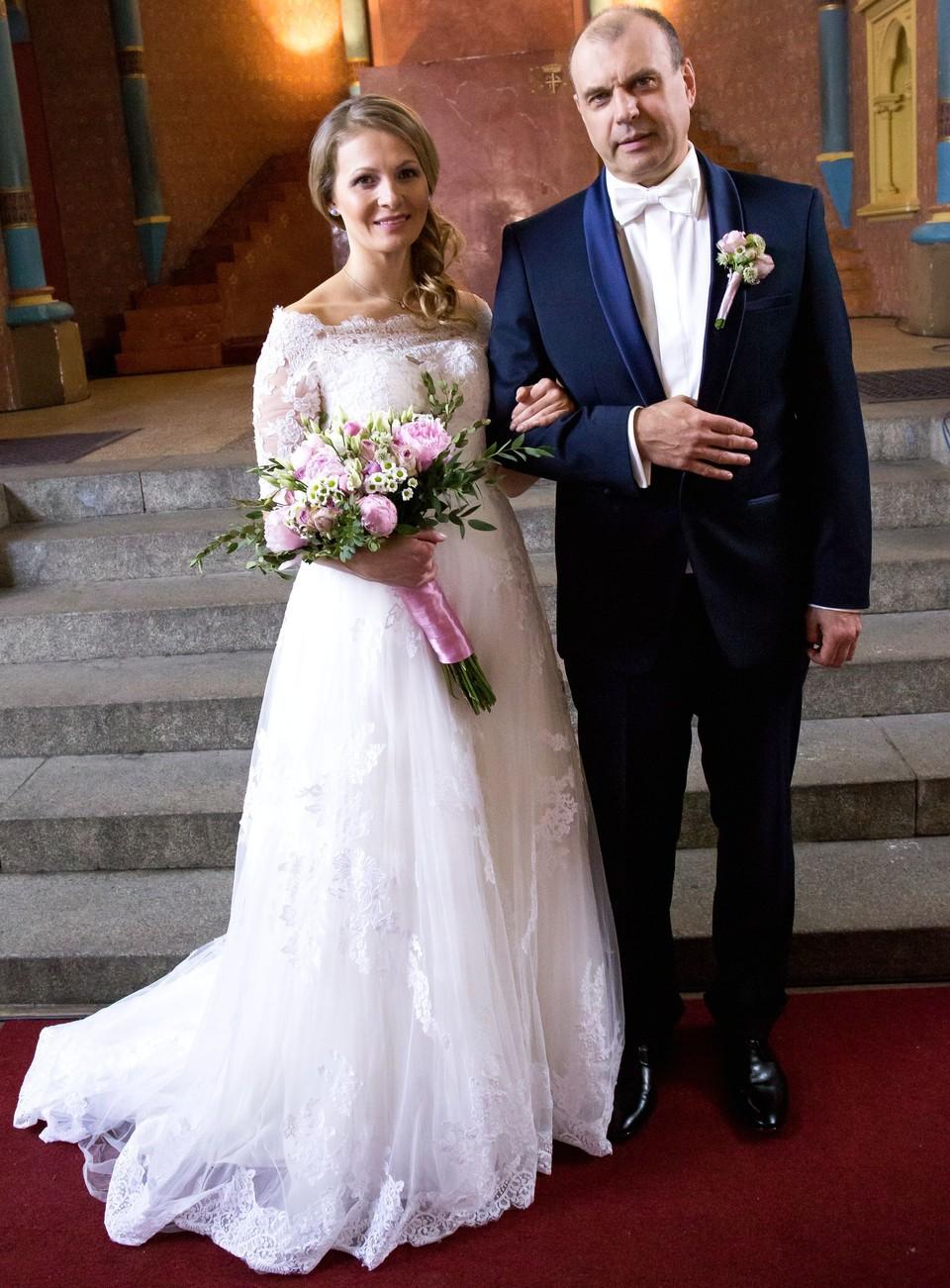 Ordinace: Nevěsta Alena a ženich Čestmír Mázl - 8