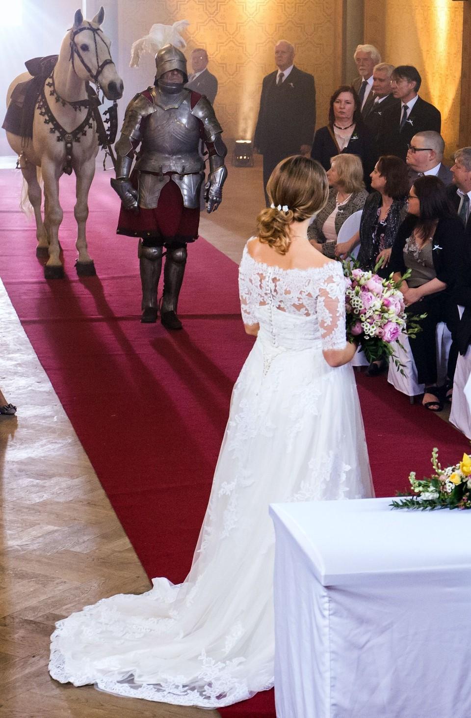 Ordinace: Nevěsta Alena a ženich Čestmír Mázl - 5