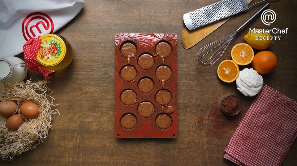 MasterChef recepty: Čokoládové bábovičky s pomerančem a marakujou podle Kristíny Nemčkové - 4