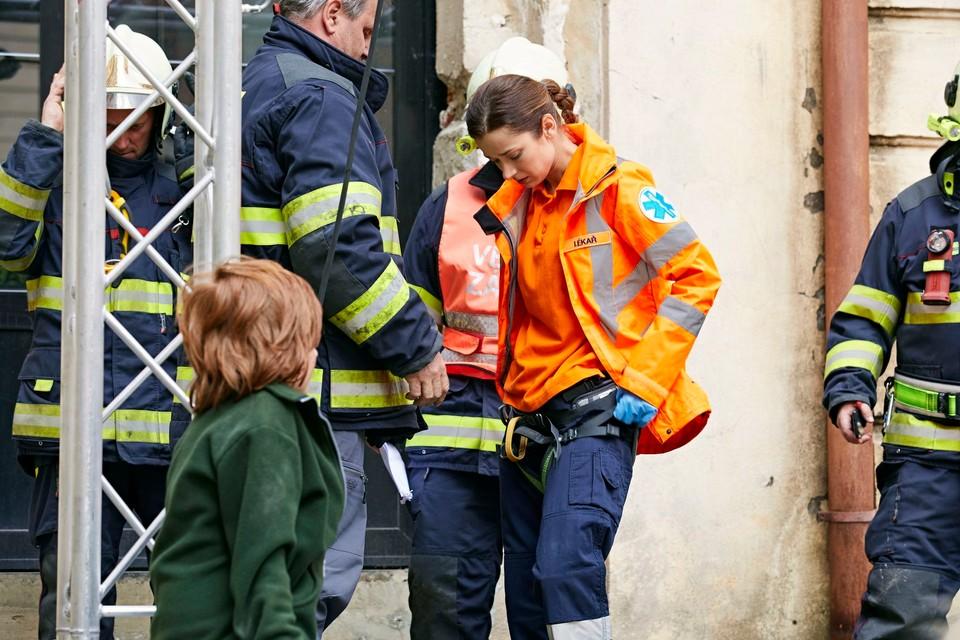 Ordinace: Bibi v nebezpečí při záchranné akci - 6
