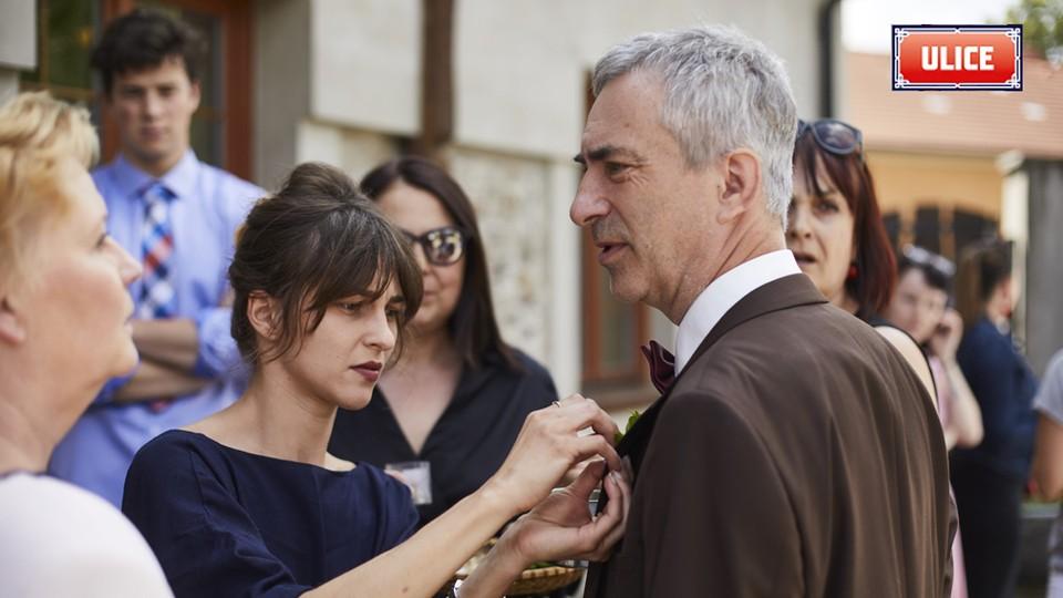Seriál Ulice: Ze zákulisí natáčení svatby Terezy a Davida - 3