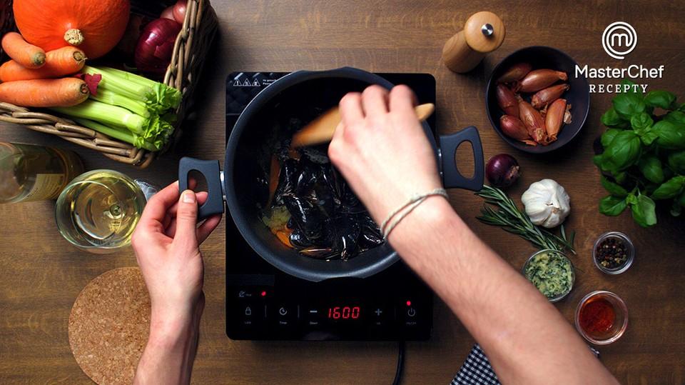MasterChef recepty: Slávky se šafránovým rizotem podle Ley Skálové - 37