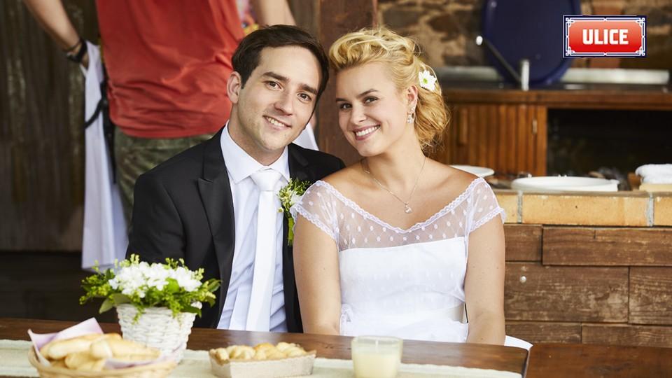 Seriál Ulice: Ze zákulisí natáčení svatby Terezy a Davida - 22