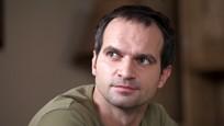 Seriál Ulice: Pavel je rozhodnutý odletět do Peru i za cenu výpovědi ve škole