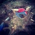Nesnáším, když jdu po lese a zaklíním se pod kořenem - 4