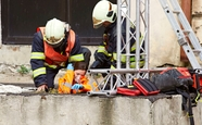 Ordinace: Bibi v nebezpečí při záchranné akci - 16