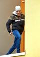 Ordinace: Při skoku z balkonu nahradil Peroutku kaskadér - 16